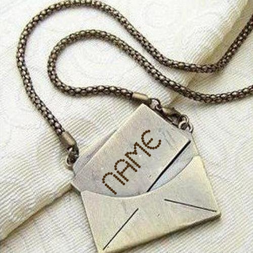 WRITE NAME ON GOLDEN NICK NAME NECKLACE